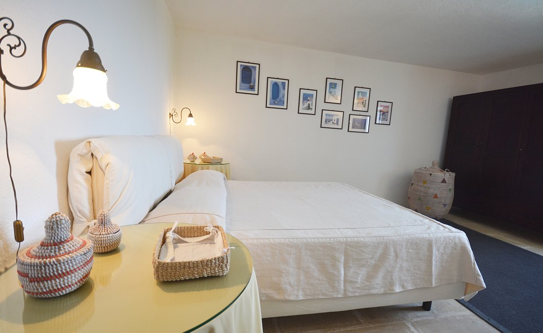 Villa le tre porte main house double bedroom A (2) (1)