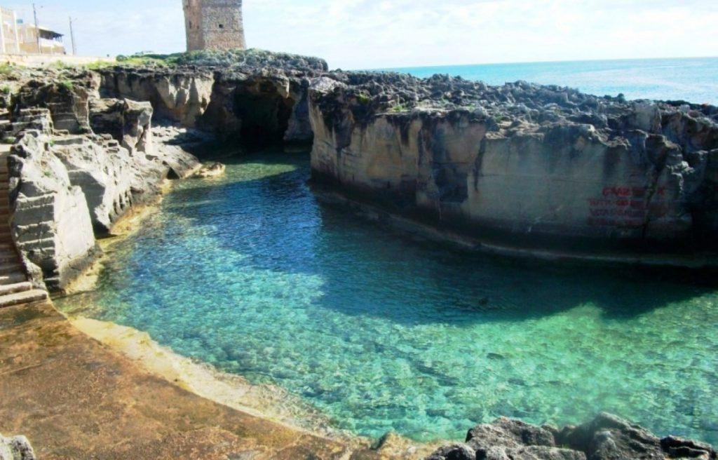 marina serra piscina naturale nelle rocce