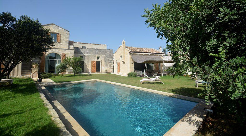 Bellissima Villa non distante da Porto Badisco. Scrivici per prenotare.