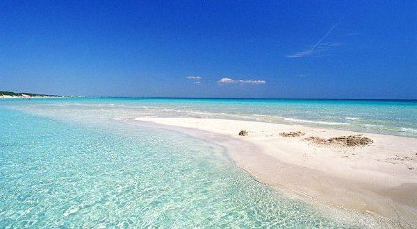 Oasis vierge: 7 magnifiques plages du Salento