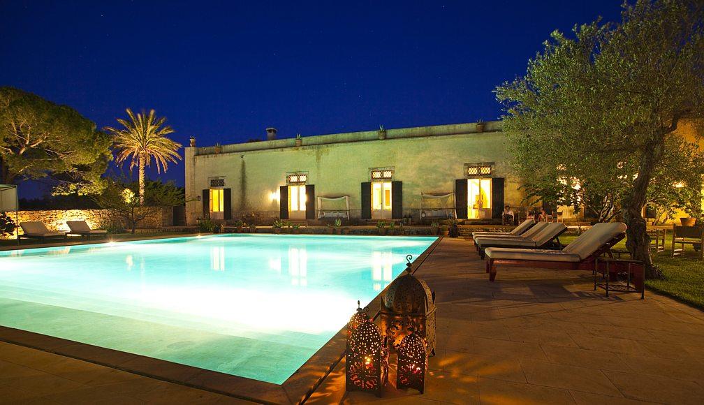 giardino con piscina salento dolce vita