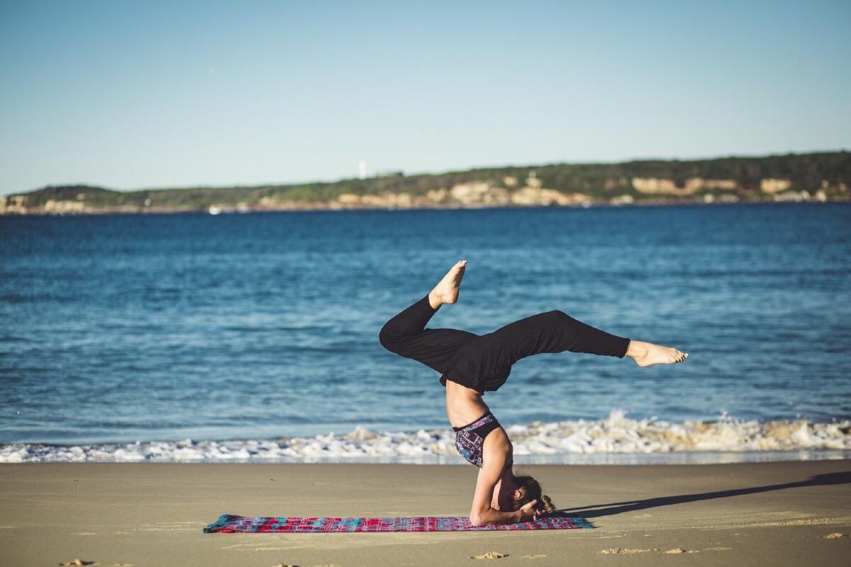 come fare yoga durante la tua vacanza nel salento
