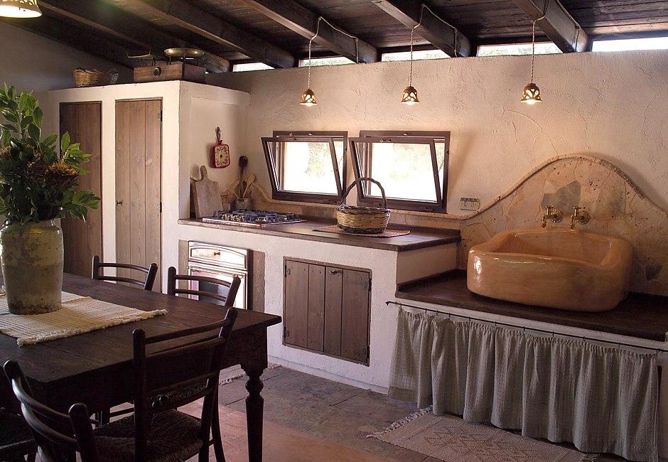 interni cucina Villa Apulia Il Trullo - salentodolcevita.com