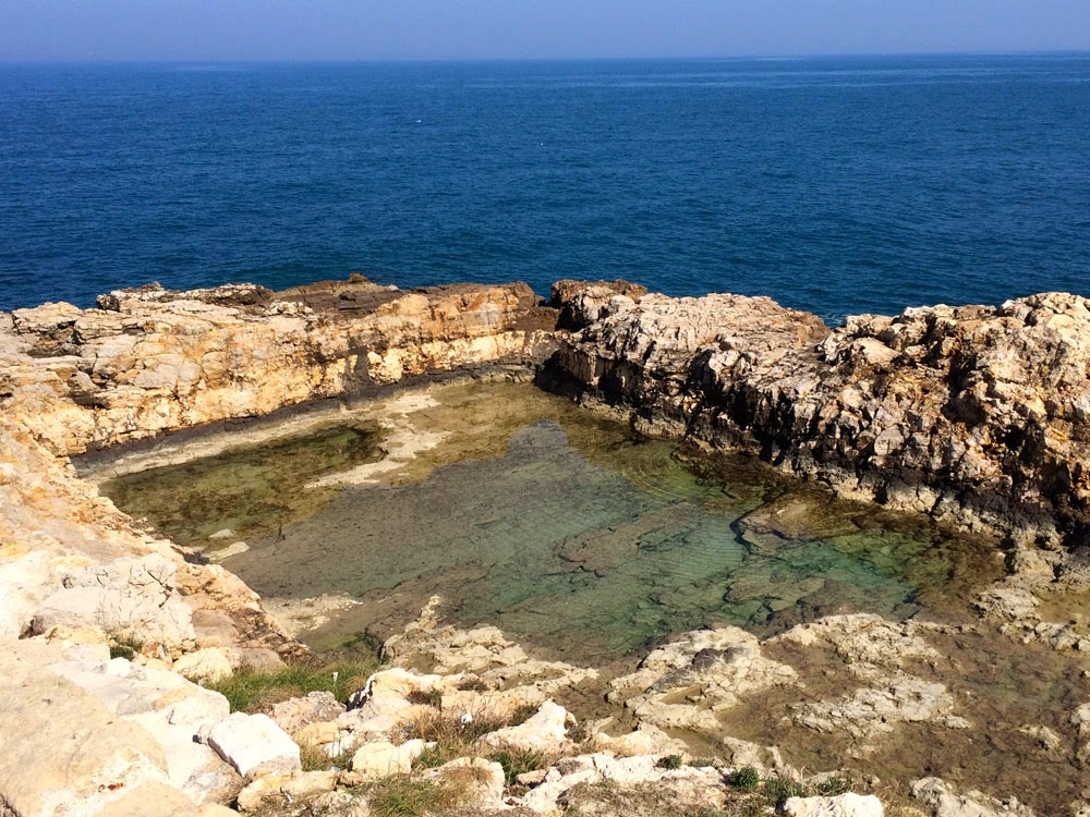 7 piscine naturali di puglia for Mare o piscina