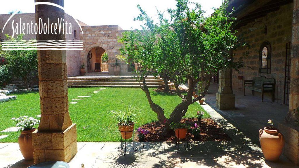 Masseria Matine - booking@salentoolcevita.com