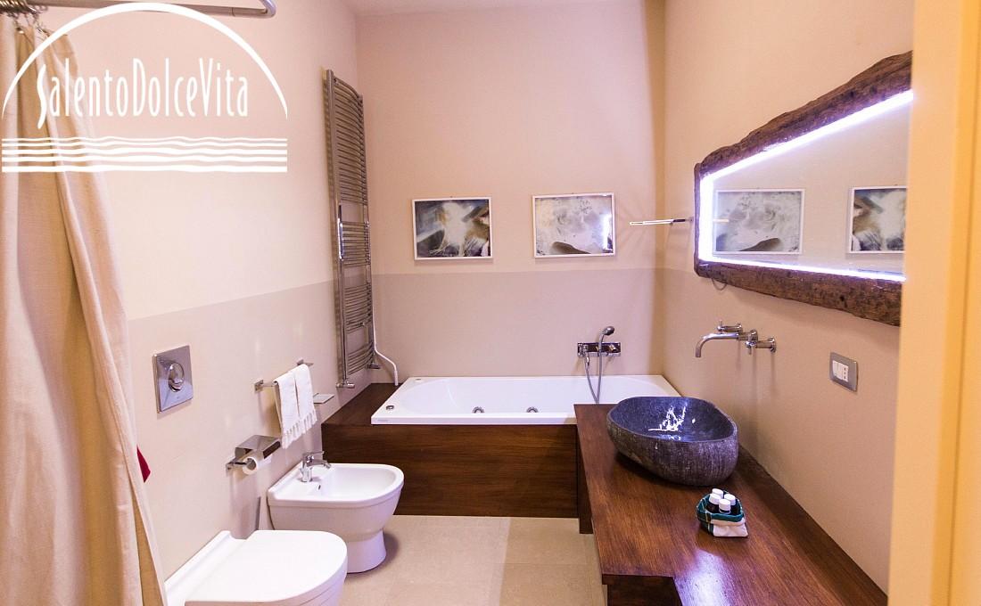 Vasca Da Bagno Sinonimo : La salute nella vasca da bagno salentodolcevita