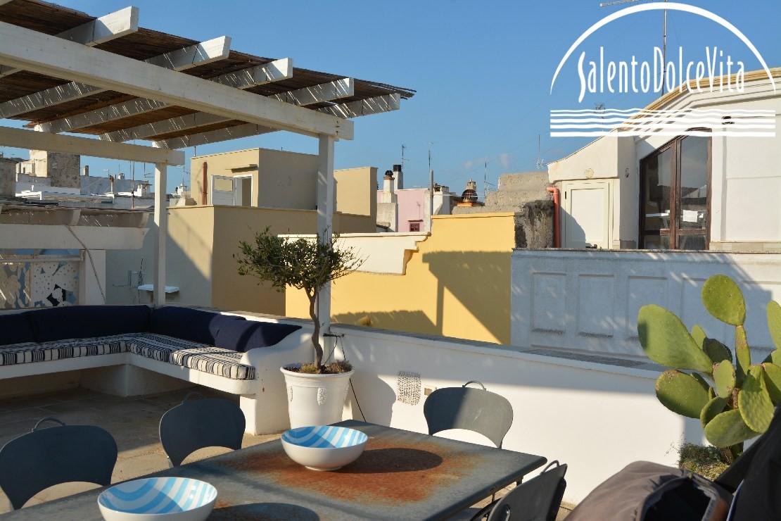 Salento la terra delle terrazze speciali for Piani di casa con spazi di vita all aperto