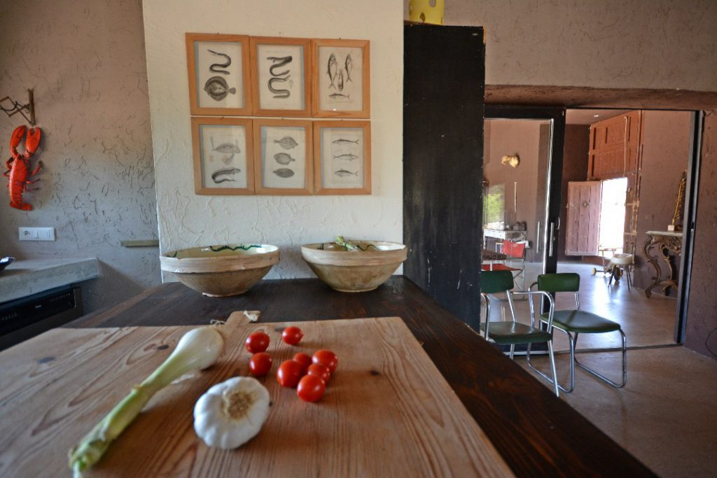 Villa Caroma Kitchen dinning room - booking@salentodolcevita.com