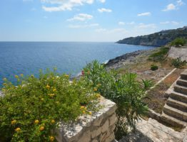 4 things you wish they told you about Castro, Puglia