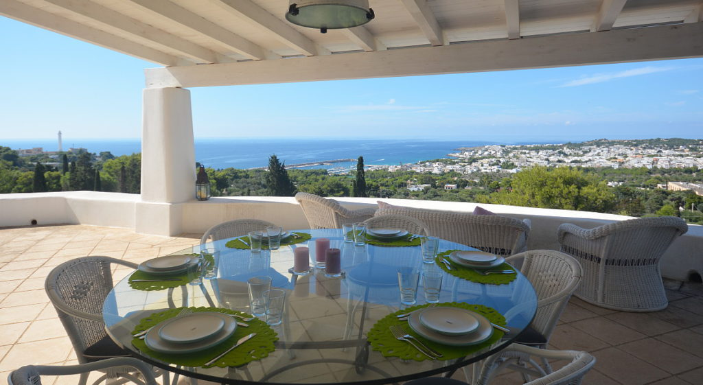 villa calipso furnished terrace sea view front (16)