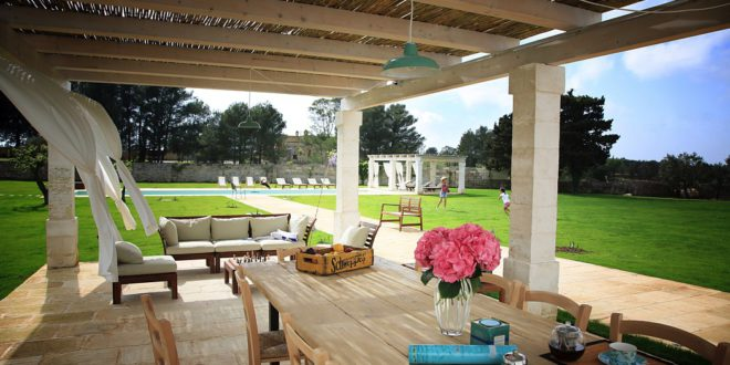 The magic of the gazebos in Apulia charming homes