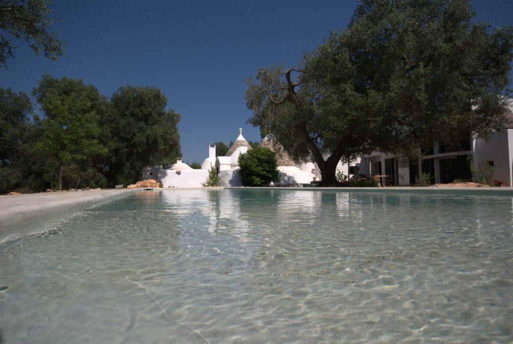 villa genziana_trulli_ostuni_piscina