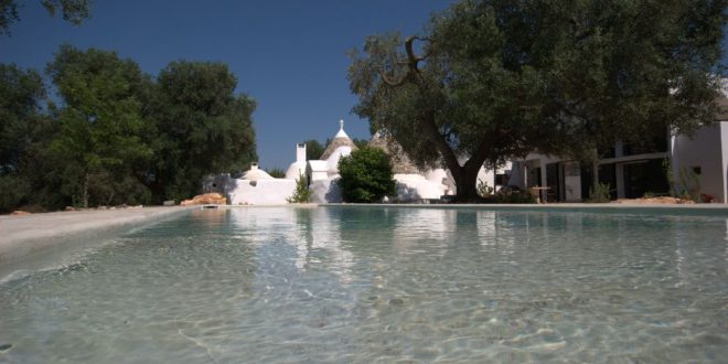 Ancient trulli and modern design: a possible (and beautiful) match