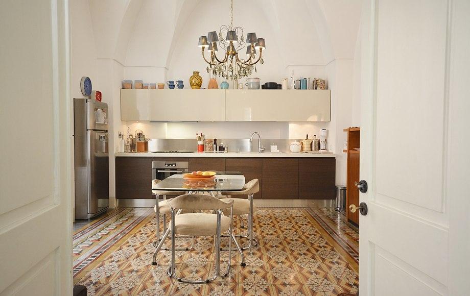 cucina casa pagoda_pavimenti anni 50