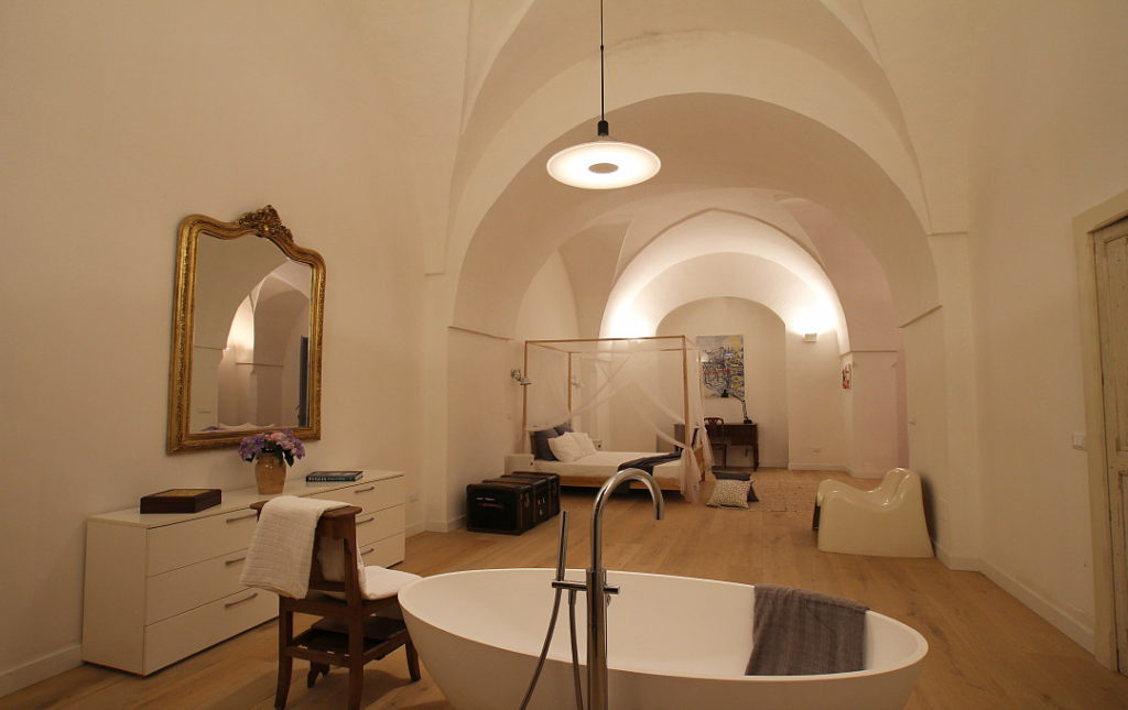Masseria Iside, suite. booking@salentodolcevita.com