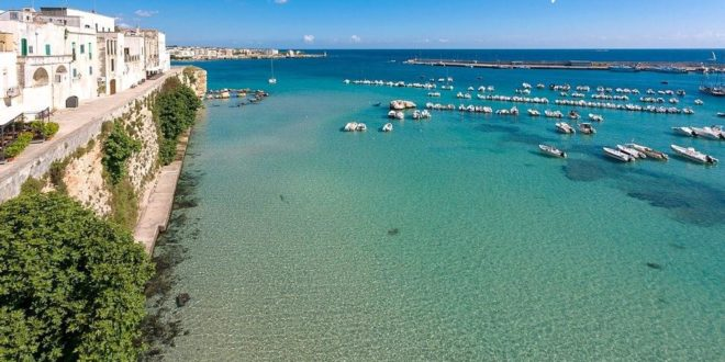 The sea, a pine forest and the historic center of Otranto at your fingertips