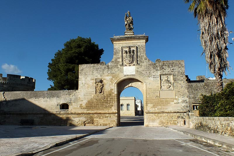 Acaya, Saint Oronzo entrance