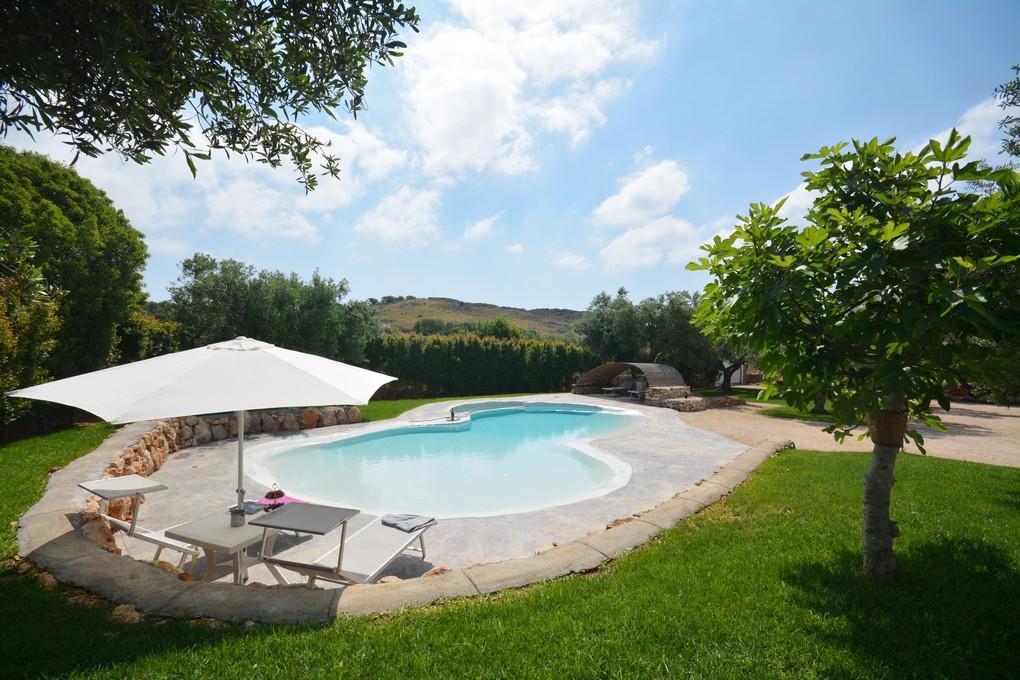 Villa al mare con piscina villa vista mare leuca puglia - Villa con piscina santa maria di leuca ...