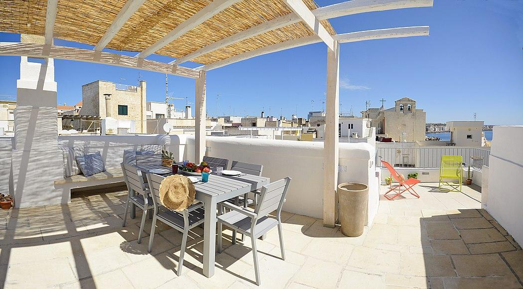 Top floor - Furnished terrace panoramic sea view