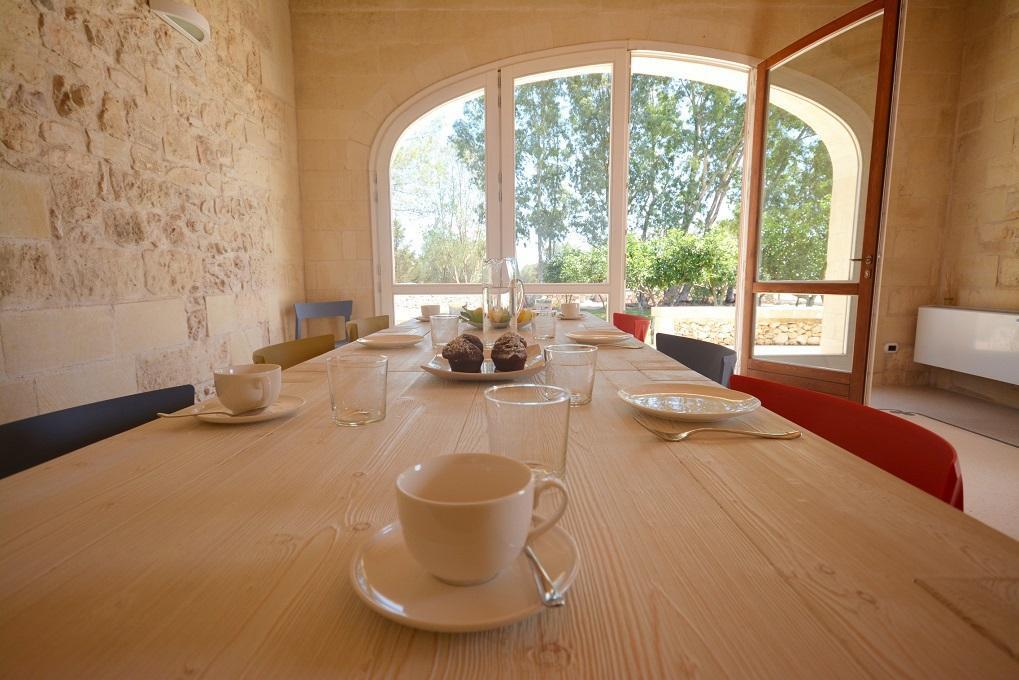 Bagno In Camera Da Letto Normativa : Masseria con piscina in affitto in zona otranto torre dellorso