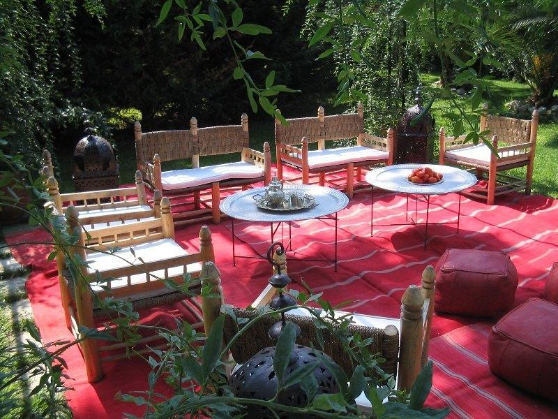 Common furnished garden