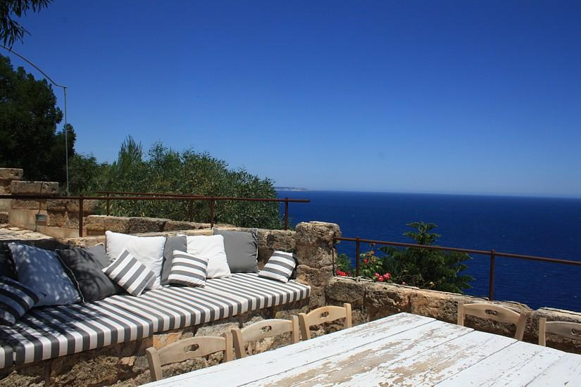 Furnished terrace sea view