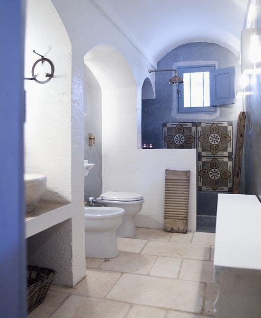 App.1 - Bathroom