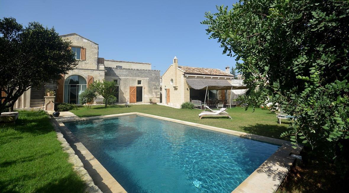 Villa Con Piscina In Affitto Nel Salento Otranto Vacanze Al Mare Pug