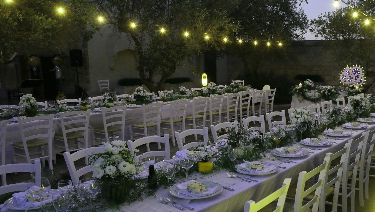 Furnished equipped large court -Wedding_Party